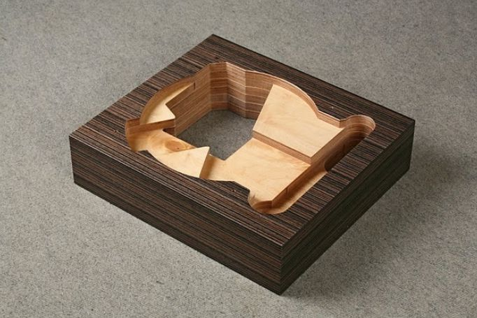Lenco_wood_plinth