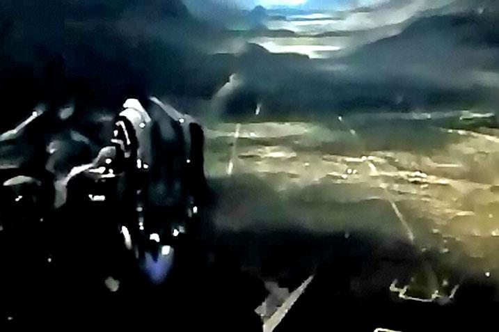 Landing_002